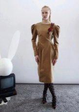 Зимнее платье с рукавом буф