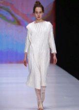Зимнее платье вязаное с рукавом