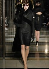 Верхняя одежда к черному кожаному платью