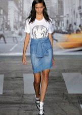 оригинальная джинсовая юбка-карандаш