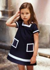 платье-трапеция с карманами для девочек 3-5 лет
