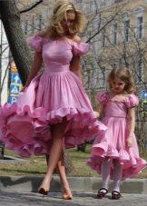 Пышные короткие платья для девочки и ее мамы