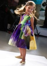 Летнее нарядное платье для девочек пышное
