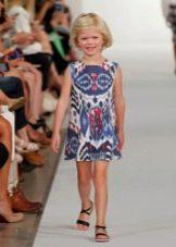 Летнее платье для девочки с узором