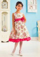 Летнее платье для девочки с цветами