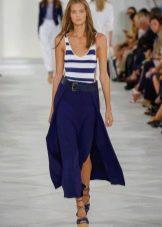 Модное морское платье сезона весна-лето 2016 года