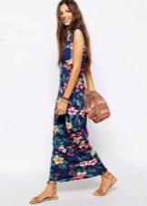 Модное длинное платье сезона весна-лето 2016 года с цветочным принтом