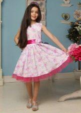 Нарядное платье для девочки 8-9 лет с принтом