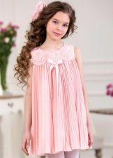 Нарядное платье трапеция для девочки короткое