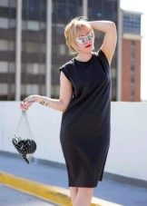 платье-футляр из футера