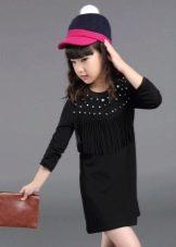 Черное прямое платье для девочки 11 лет