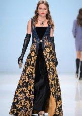 вечернее платье из черно-золотой парчи