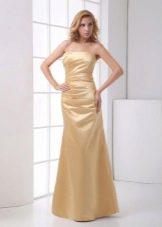 вечернее платье из золотичтого сатина