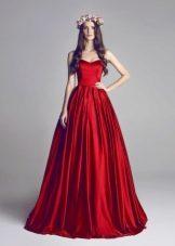 пышное платье-бюстье