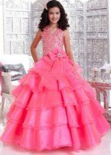 Розовое пышное платье на выпускной 4 класс