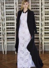 аксессуары к кружевному вечернему платью белому