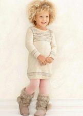 Трикотажное зимнее платье-свитер  для маленькой девочки