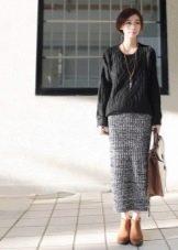 Длинная шерстяная юбка карандаш с завышенной талией