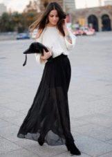 Длинная черная юбка полусолнце - вечерний образ