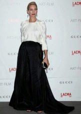 Длинная в пол черная юбка полусолнце - вечерний образ