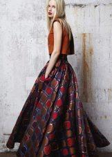 стильная пышная юбка-макси