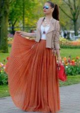 оранжевая длинная летняя юбка-плиссе