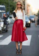 Кожаная коническая юбка
