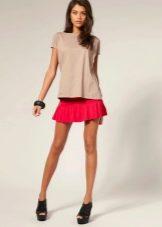 Мини юбка красного цвета для лета