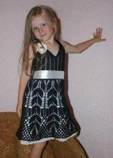Вязаное крючком платье для девочки 5 лет