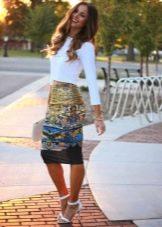 Прямая юбка с принтом
