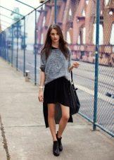 ассиметричная юбка в спогртивном стиле