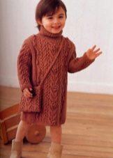 Зимнее платье-свитер с косами  для девочек