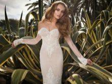 Приспущенные плечи на сексуальном свадебном платье