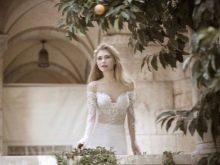 Свадебное платье сексуальное с приспущенными широкими рукавами