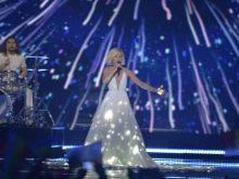 Светящееся платье Полины Гагариной на Евровидении 2015