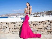 Вечернее платье от Tarik Ediz малиновое