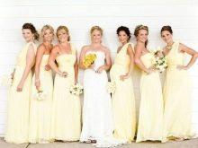 Светло-желтые платья для подружек невесты