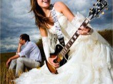 Белое свадебное платье в стиле рок