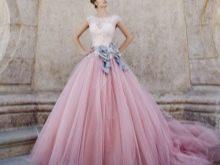 Свадебное платье с сиреневым поясом