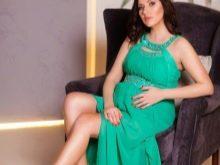 Изумрудное платье для фотосессии беременных