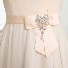 Бант и аксессуары для свадебного платья