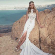 Свадебное платье Zoog Bridal с вырезом