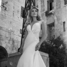 Свадебное платье David Hasbani с ажурными вставками