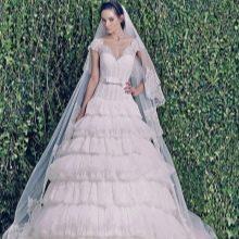 Свадебное многоярусное платье от ZUHAIR MURAD