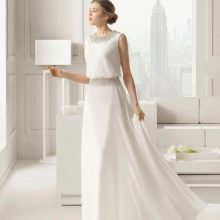 Скромное свадебное платье  от  Rosa Clara