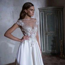 Свадебное платье от Tarik Ediz с кружевным верхом