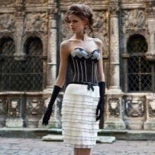 Вечернее короткое платье от Оксаны мухи с корсетом