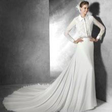 Свадебное платье-рубашка со шлейфом