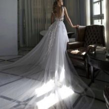 Свадебное платье с длинным шлейфом 2016 от Рики Далала