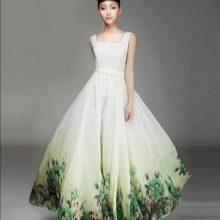 Бело-зеленое свадебное платье